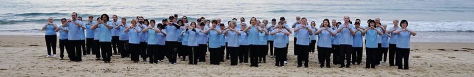11-group-beach.jpg